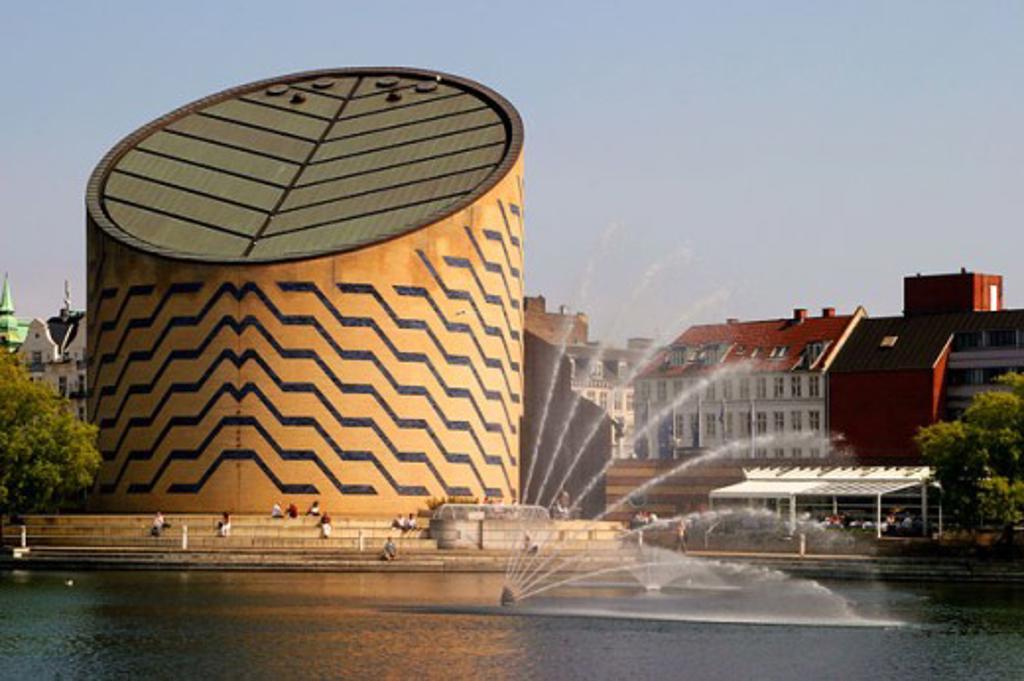 Stock Photo: 1581-287 Planetarium on the waterfront, Tycho Brahe Planetarium, Copenhagen, Denmark