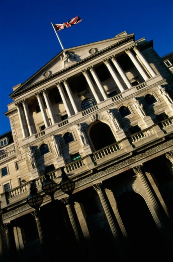 Stock Photo: 1587-136 Low angle view of a financial building, Bank of England, London, England