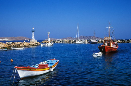 Paros