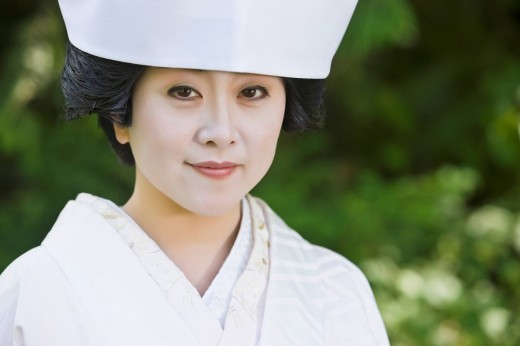 Close up of Japanese bride wearing traditional clothing : Stock Photo