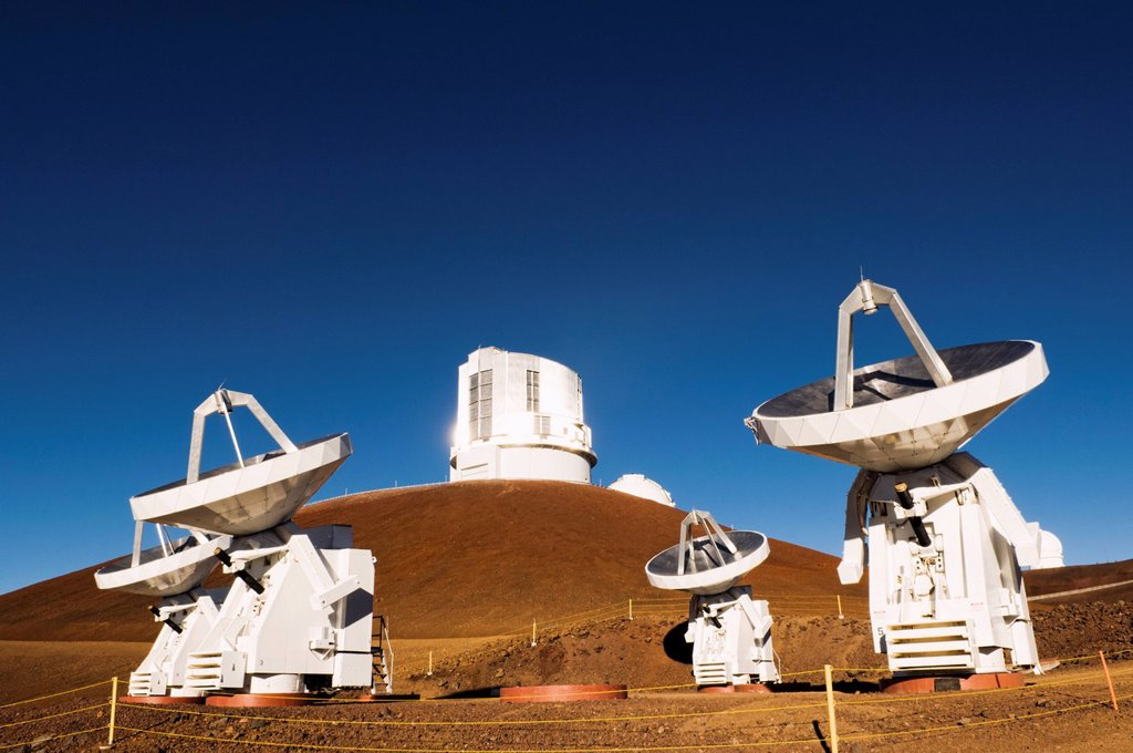 Stock Photo: 1589R-154055 Observatory and satellite dish on hillside