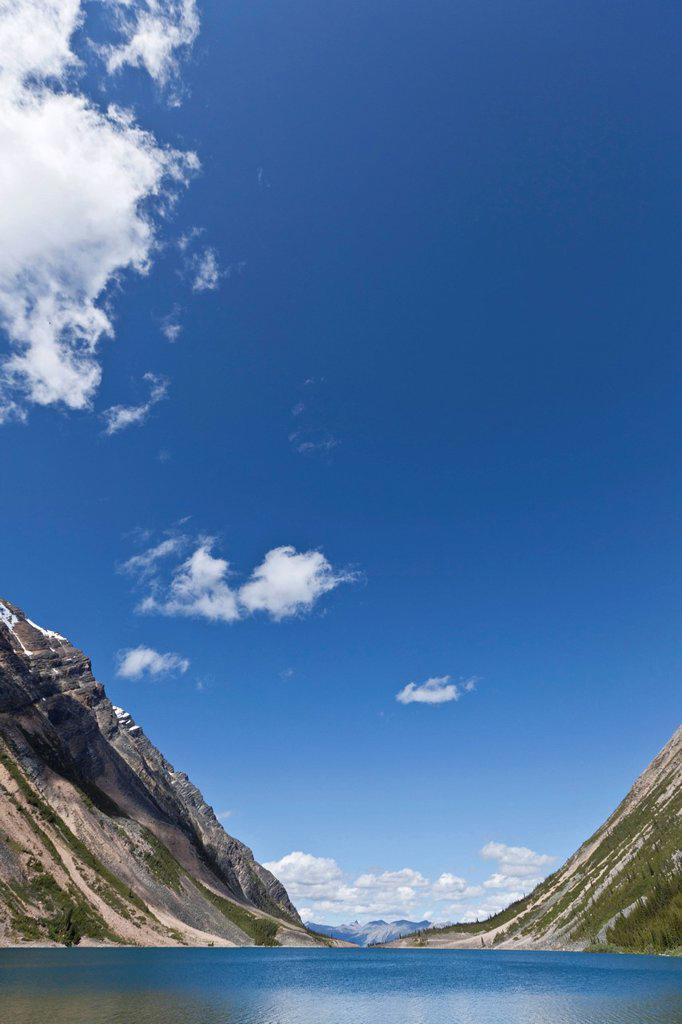 Blue sky over Upper Geraldine Lake : Stock Photo
