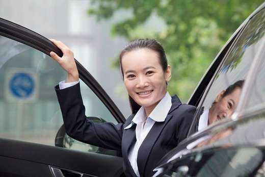 Chinese businesswoman in car : Stock Photo