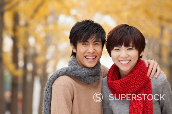 Stock Photo: 1589R-170077 Smiling Chinese couple