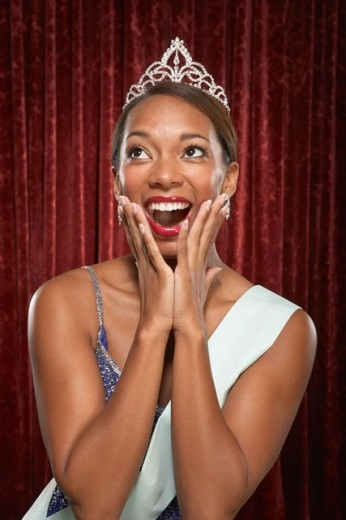 Beauty queen gasping : Stock Photo