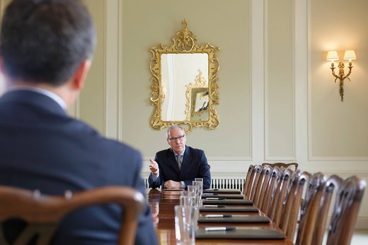 Stock Photo: 1589R-174313 Businessmen talking in meeting