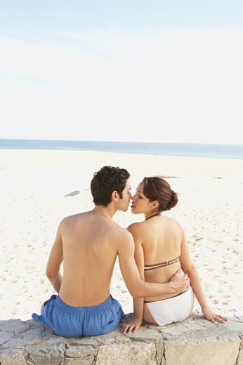 Couple kissing on the beach, Los Cabos, Mexico : Stock Photo