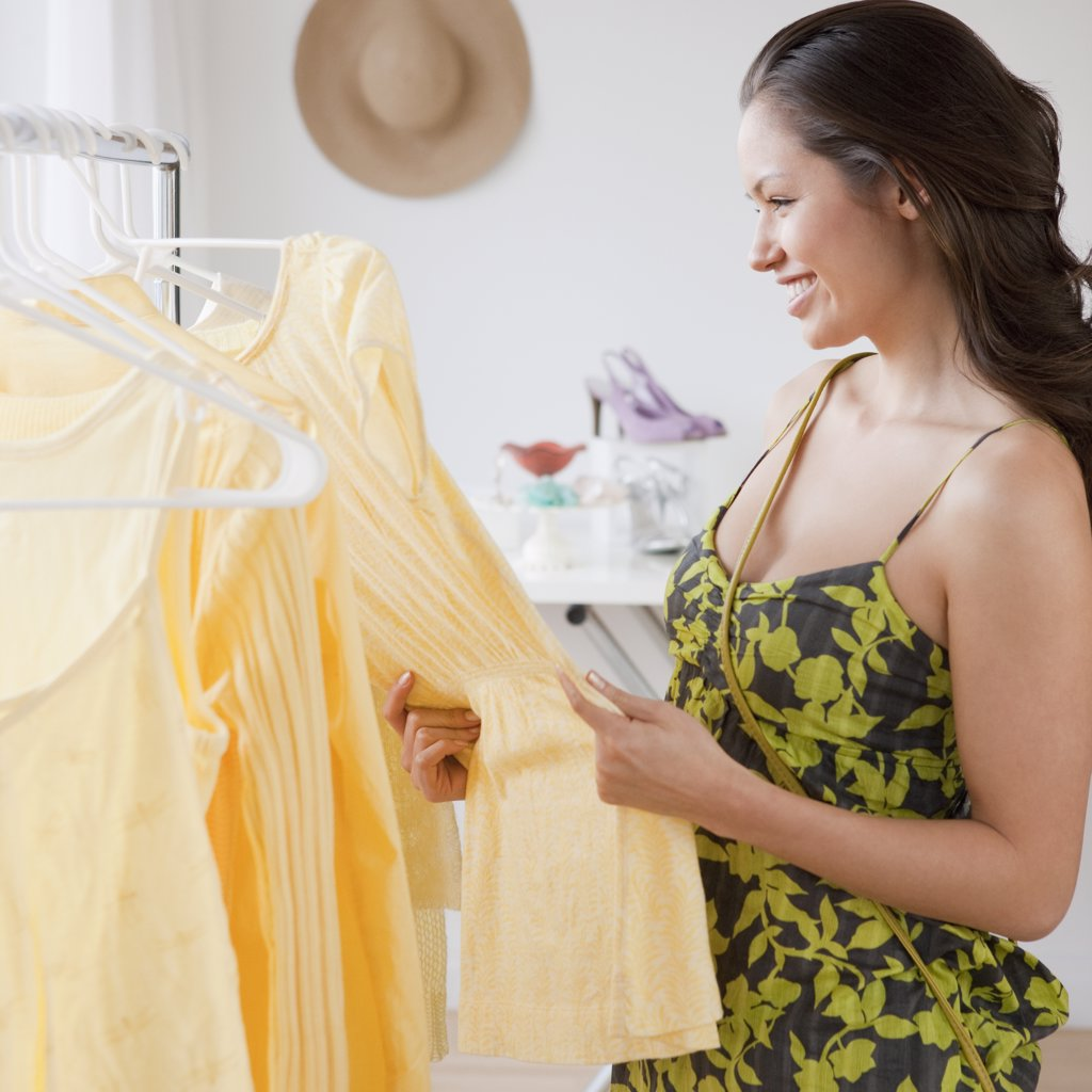 Stock Photo: 1589R-76713 Mixed race woman shopping