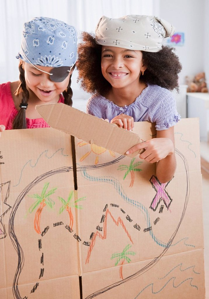 Stock Photo: 1589R-86157 Girls dressing up as pirates