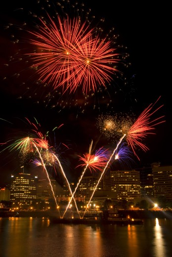 Stock Photo: 1596-1079 Low angle view of fireworks display in the sky at night, Cinco de Mayo Fiesta, Eastside Esplanade, Portland, Oregon, USA