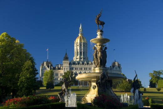 Fountain in front of a government building, State Capitol Building, Corning Fountain, Bushnell Park, Hartford, Connecticut, USA : Stock Photo