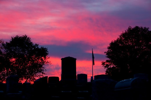 Stock Photo: 1596-2897 USA, Connecticut, East Hampton, Cemetery sunrise