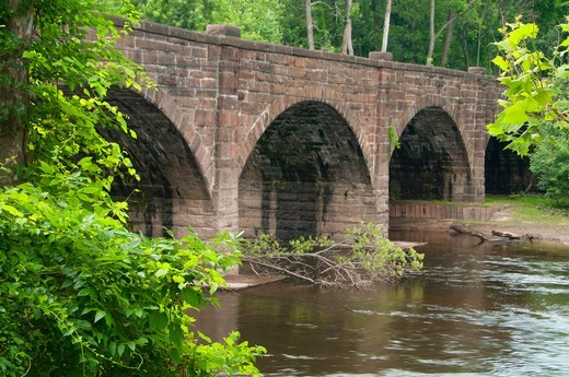 Stock Photo: 1596-3308 Farmington River railroad bridge, Windsor, Hartford County, Connecticut, USA