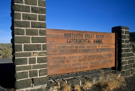 USA, Oregon, Northern Great Basin Experimental Range, Entrance sign : Stock Photo