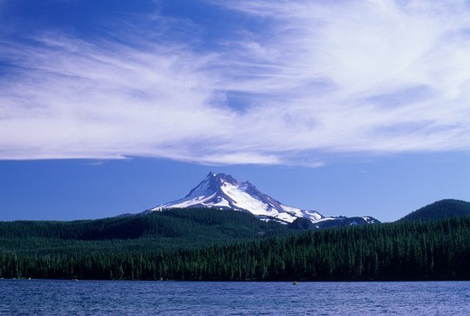 Stock Photo: 1596-3370 USA, Oregon, Mt Hood National Forest, Olallie Lake Scenic Area, Mt Jefferson and Olallie Lake
