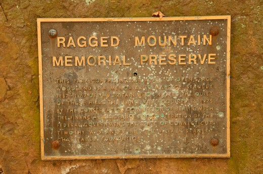 Stock Photo: 1596-3494 USA, Connecticut, Ragged Mountain Preserve, Preserve information sign