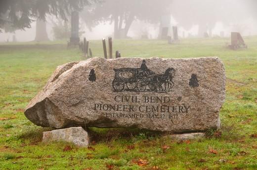 Stock Photo: 1596-3831 Civil Bend Pioneer Cemetery, Winston, Douglas County, Oregon, USA