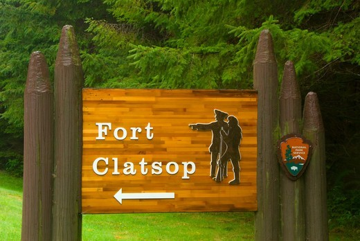 Entrance sign, Fort Clatsop National Memorial, Lewis and Clark National Historical Park, Oregon, USA : Stock Photo