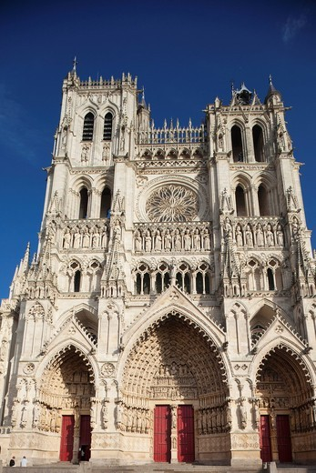Stock Photo: 1597-106716 Europe, France, Somme, Picardy, Amiens, Amiens Cathedral, Cathedrale Notre_Dame, Gothic, Cathedral, Cathedrals, UNESCO, UNESCO World Heritage Site, UNESCO World Heritage Sites, Tourism, Travel, Holiday, Vacation