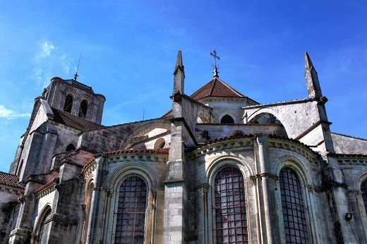 Stock Photo: 1597-107618 France, French, Western Europe, Europe, European, Architecture, building, City, town, Romanesque, Blue sky, Bourgogne, Burgundy, Church Sainte Marie Madeleine, Basilica of St. Magdalene, Vezelay, abbey, Yonne department, UNESCO World Heritage site, mediev