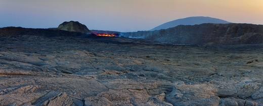 Erta ale, Africa, Ethiopia, Afar region, Afgar, Danakil, desert, volcano, crater, lava lake, lava, heat, slag, dusk : Stock Photo