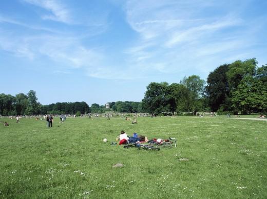 Stock Photo: 1597-108496  trees, Germany, Europe, English garden, bicycle, bike, spring, life, Munich, Bavaria, pair, couple, meadow,