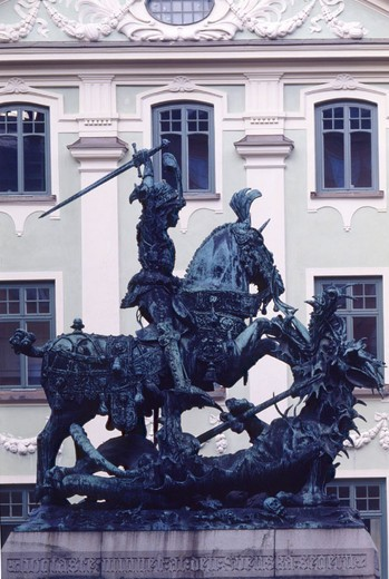 Stock Photo: 1597-109904 Saint Georg, dragon, dragon slayer, sculpture, plastic, Stockholm, Sweden