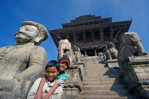 Nepal, Bhaktapur city, Kathmandu Valley, architecture, culture, UNESCO, World heritage site, Taumadhi Square, Asia, tr : Stock Photo