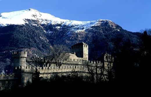 Stock Photo: 1597-113079  architecture, Bellinzona, castle, Castello di Montebello, fortress, historical, canton Ticino, Middle Ages, Switzerl