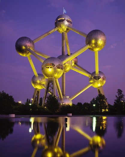 evening, architecture, Atomium, architecture, exhibit, illuminated, Belgium, Brussels, EU, Europe, holidays, capital : Stock Photo