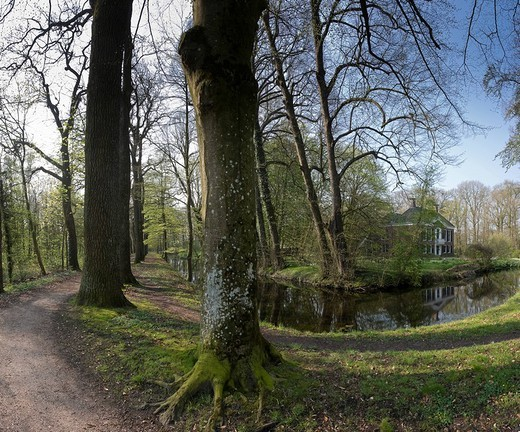Stock Photo: 1597-113948 Netherlands, Holland, Groningen, Marum, Landscape, Water, Trees, Spring, panorama, Coendersborgh, estate,