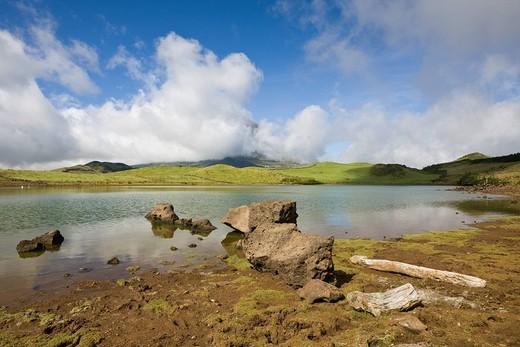 Stock Photo: 1597-117985 Lake Lagoa do Capitao, Highlands, Pico, Portugal,