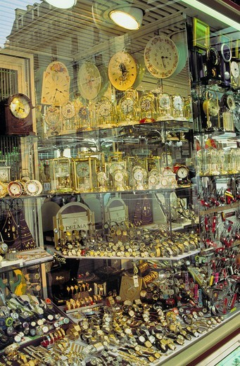 Stock Photo: 1597-119350  trade, commerce, clocks, watches, jewellery, shop_window, wristwatches, Pendulen, excessively, Switzerland, Europe, Ge