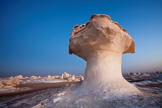 Formations in White Desert National Park, Libyan Desert, Egypt : Stock Photo