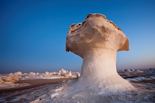 Stock Photo: 1597-120035 Formations in White Desert National Park, Libyan Desert, Egypt