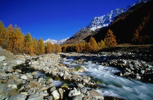 Breithorn, Valaises Alps, alpine, mountain, mountains, cliff, panorama, mountain panorama, autumn, autumn colors, larc : Stock Photo