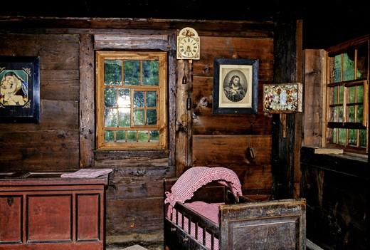 Stock Photo: 1597-129018 crib, room, piece furniture, farm piece furniture, equipment, institution, wood, open_air museum, steward farm, Gutach