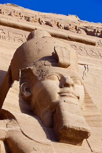 Stock Photo: 1597-129054 Colossal Statue of Pharao Ramesses II, Abu Simbel, Egypt