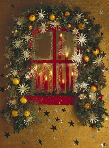 Stock Photo: 1597-130868 Advent, Arrangement, Arrangements, Burning, Candle, Candles, Christmas, Christmassy, Decor, Decoration, Decorations,