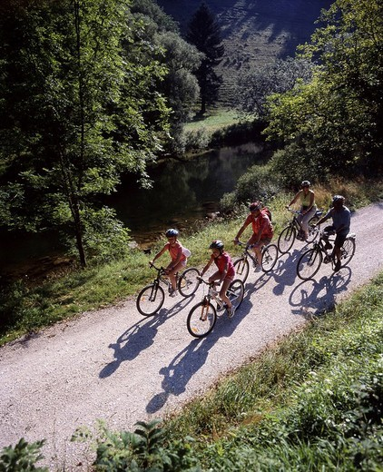 Stock Photo: 1597-131293 Doubs, river, shore, overview, family, excursion, bicycle tour, Canton Jura, Switzerland, Europe, bicycle, bike, bikin