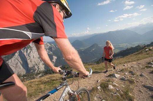 Austria, Europe, Alps, Altaussee, Bad aussee, mountain, bike, cicycle, mountain biking, woman, man, mountain bike, Pol : Stock Photo