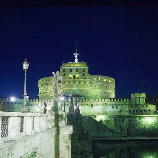 Italy, Europe, Rome, at night, night, angel, castle, angel bridge, Tiber, river, night, lighting, statues : Stock Photo