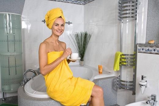 bath_robe, shower, woman, bathroom, bath, showering, body care, hygiene, bathing, cafe : Stock Photo
