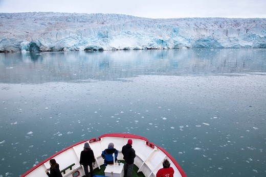Stock Photo: 1597-133435 Arctic, arctic ocean, Barents Sea, boat trip, Antarctic Ocean, glacier, glacier demolition, island, isle, island group, Isfjord