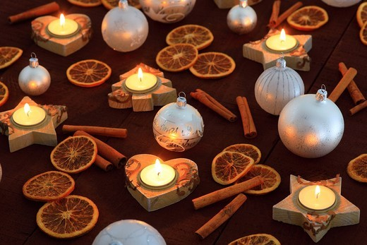 Stock Photo: 1597-138418 Christmas, ball, tree, decorations, decoration, adornment, spices, glitter, heart, heart, tea cozy, candle, wood, candles, ball, sphere, Merry Christmas, pattern, close_up, oranges, jewellery, star, to stars, star tea lights, mood, fir_tree tea warmer can. Christmas, ball, tree, decorations, decoration, adornment, spices, glitter, heart, heart, tea cozy, candle, wood, candles, ball, sphere, Merry Christmas, pattern, close_up, oranges, jewellery, star, to stars, star tea lights, mood, fir_tree te