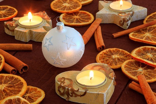 Stock Photo: 1597-138428 Christmas, ball, tree, decorations, decoration, adornment, spices, glitter, heart, heart, tea cozy, candle, wood, candles, ball, sphere, Merry Christmas, pattern, close_up, oranges, jewellery, star, to stars, star tea lights, mood, fir_tree tea warmer can. Christmas, ball, tree, decorations, decoration, adornment, spices, glitter, heart, heart, tea cozy, candle, wood, candles, ball, sphere, Merry Christmas, pattern, close_up, oranges, jewellery, star, to stars, star tea lights, mood, fir_tree te