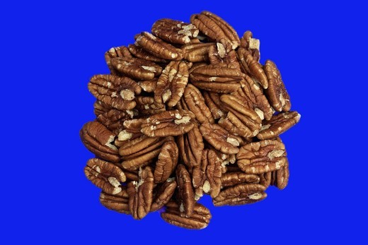 health, healthful living, healthy, nutrition, nuts, pecan halves, pecans, shelled, food : Stock Photo