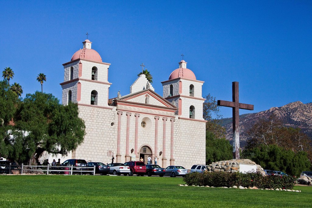 USA, United States, America, California, Santa Barbara, City, Old Mission, beautiful, California, catholic, church, colonial, conquest, cross, garden, historic, history, mission, new Spain, peaceful, religion, Spanish : Stock Photo