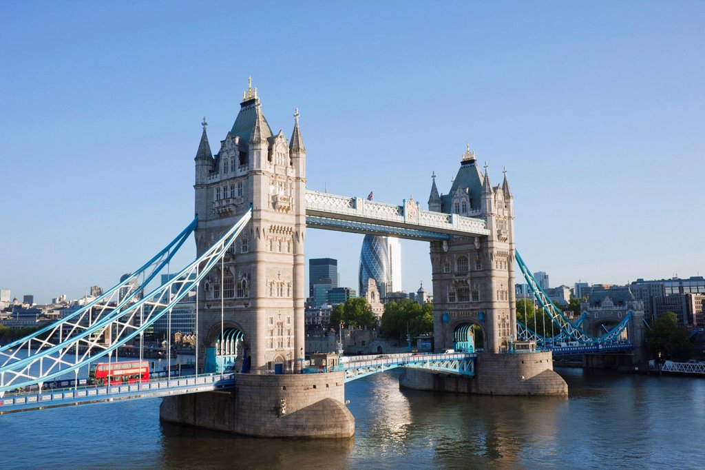UK, United Kingdom, Europe, Great Britain, Britain, England, London, Tower Bridge, Thames River, River Thames, Landmark, Bridge, Bridges, Tourism, Travel, Holiday, Vacation : Stock Photo