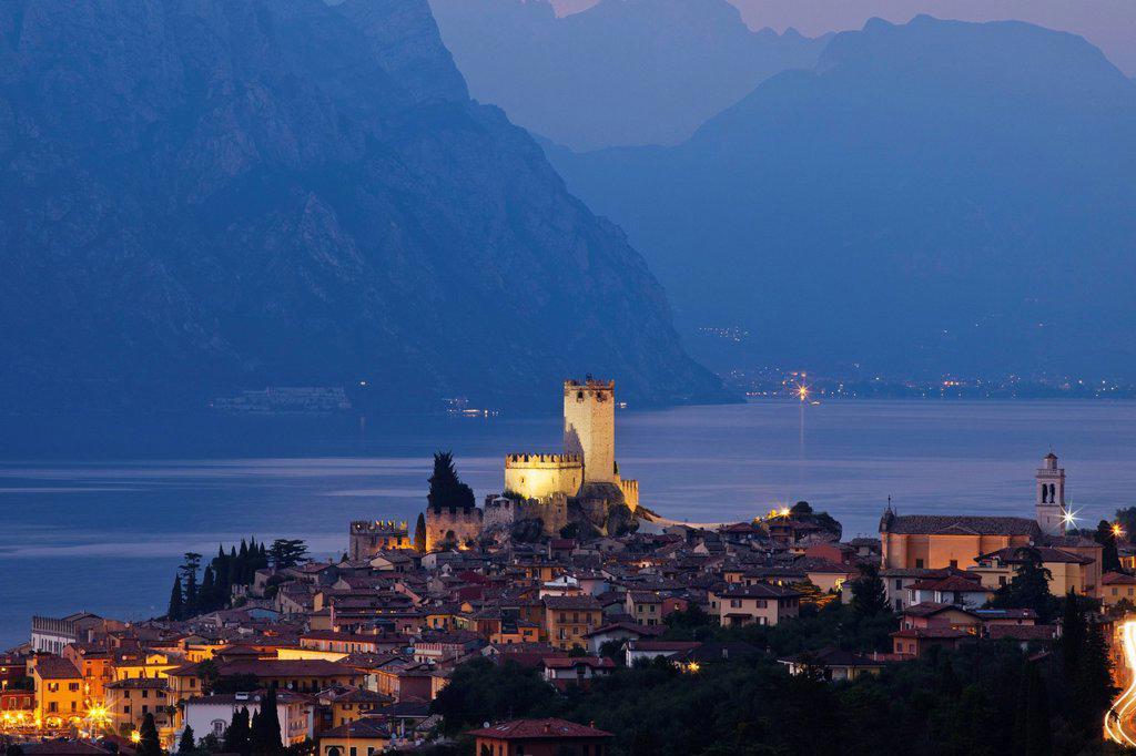Stock Photo: 1597-148945 Europe, Italy, Veneto, Lake Garda, Malcesine, Italian Lakes, lake, Alps, Tourism, Travel, Holiday, Vacation